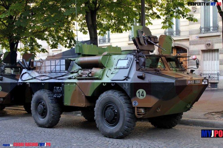 A French Army VAB MEPHISTO of the 9e Brigade d'Infanterie de MArine, Avenue Georges V, Paris, July 14, 2013.